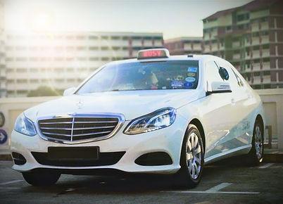 Mercedes Benz E-Class Limocab.jpg