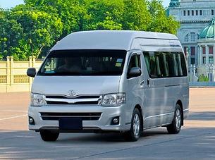 09. Toyota Hiace Commuter.jpg