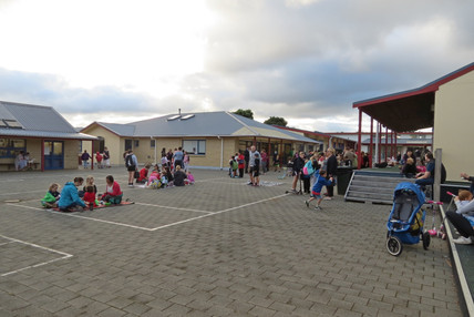 Kenakena celebrate WOW Family Day with a picnic breakfast
