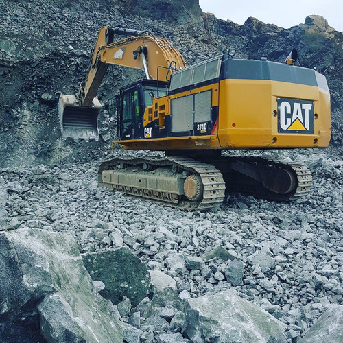 CAT - 374D L