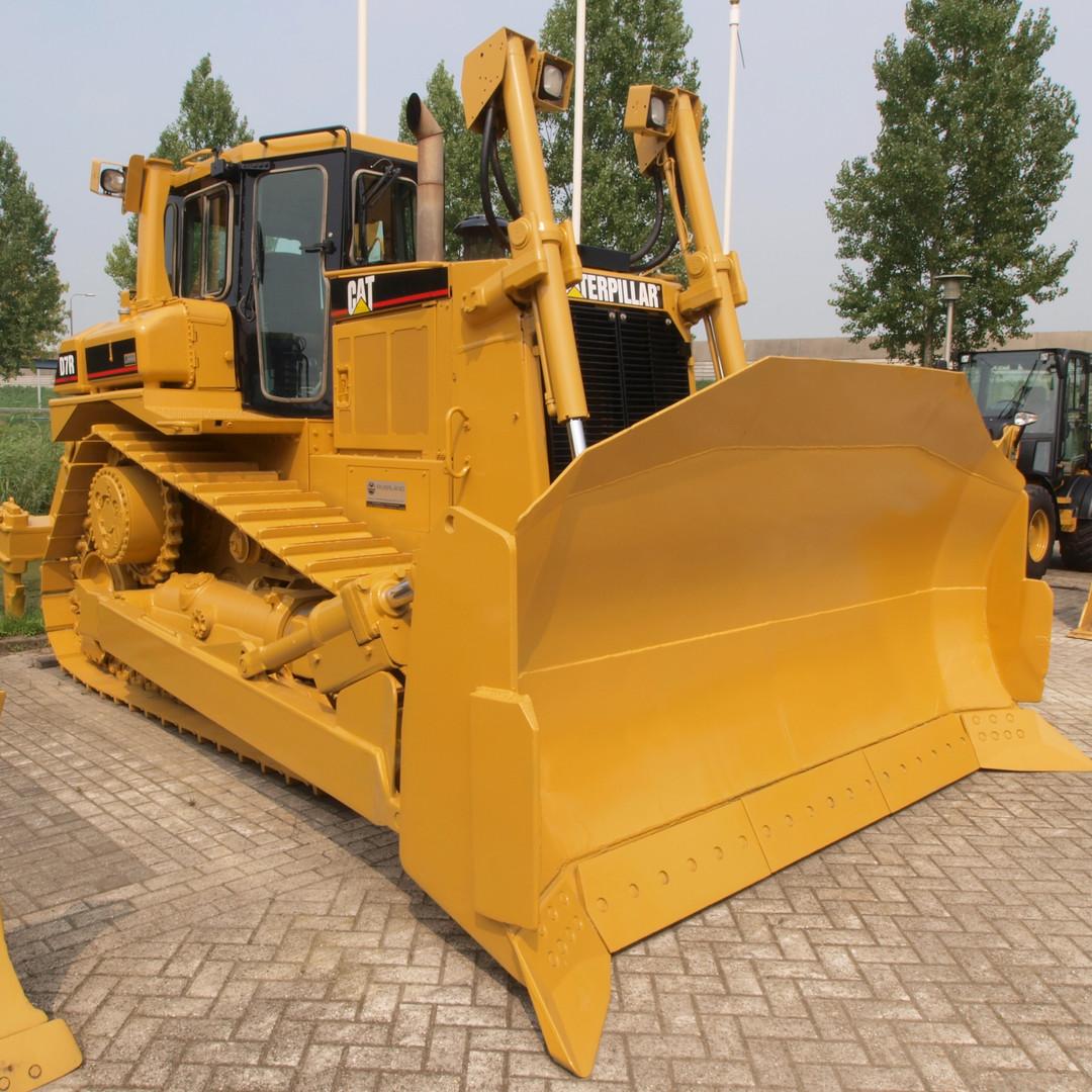 CAT-D7R