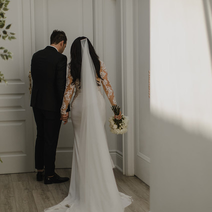 A Minimal and Modern Wedding at Malaparte