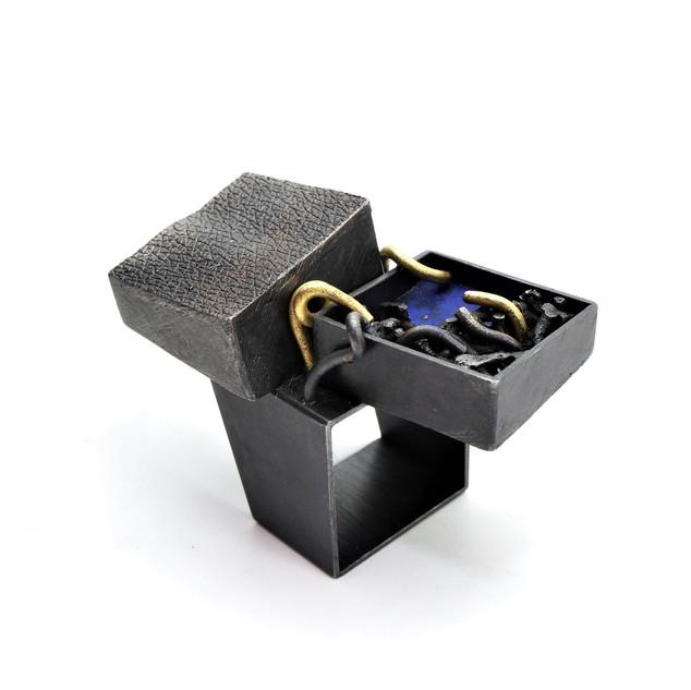 Magic Mountain Ring