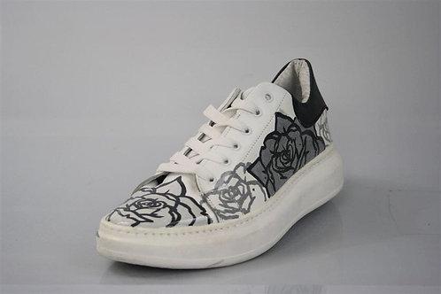 Sneaker Rose