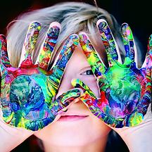 manos pintadas.png