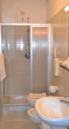 bagno camera singola  (3) (683x1024).jpg