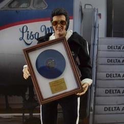 Elvis20.jpg