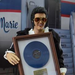 Elvis21.jpg