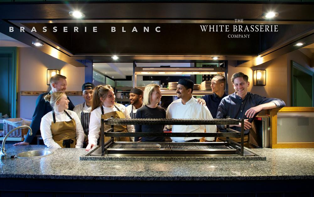 Brasserie-Blanc-hospitality-action
