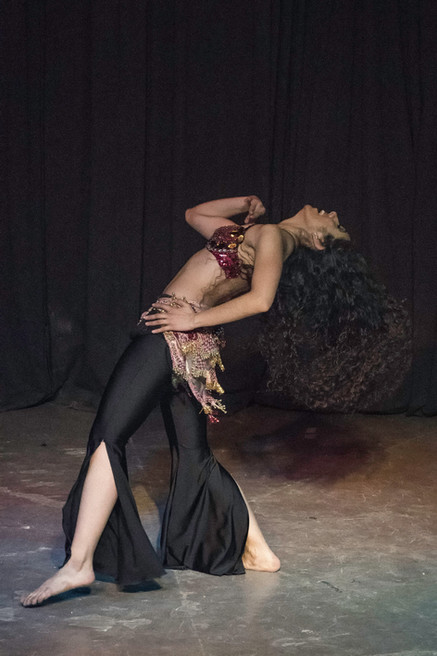 Danza oriental cartel.jpg