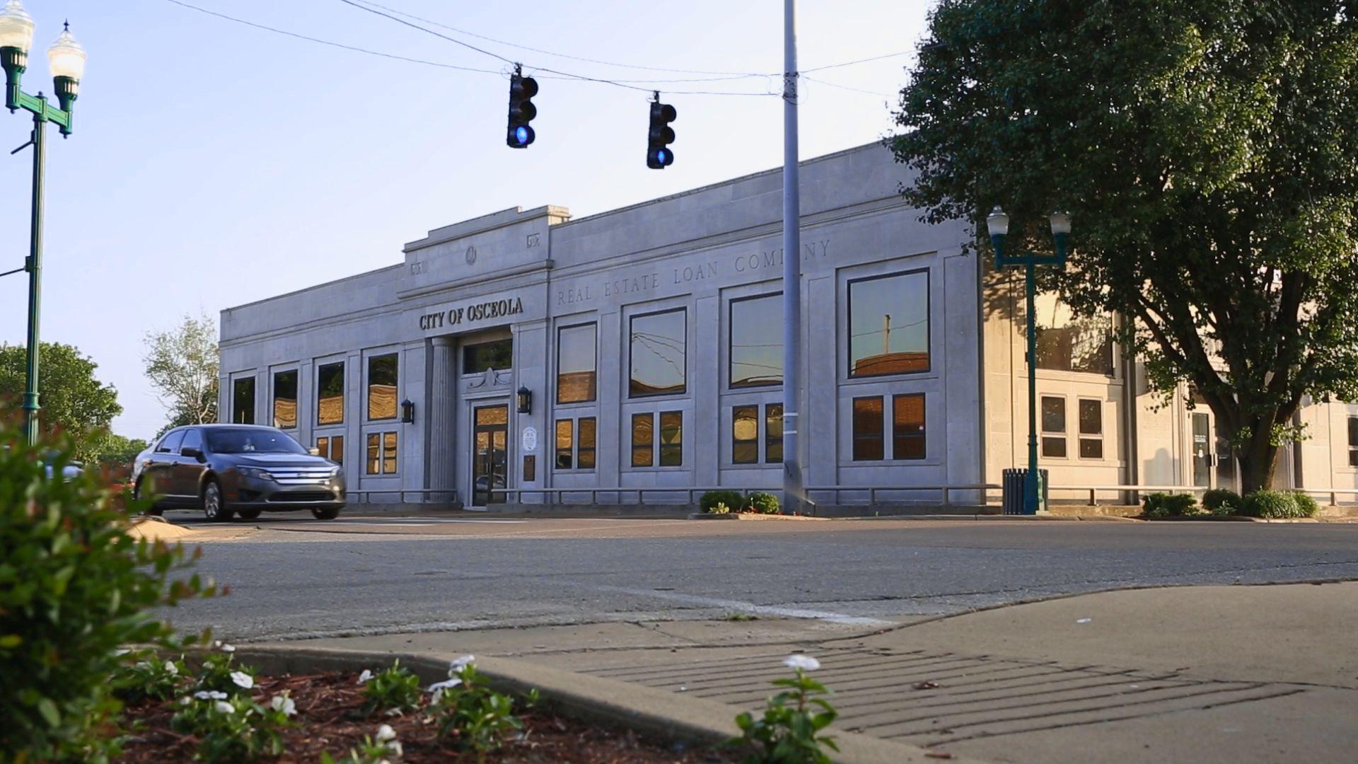 City Hall 02.jpg
