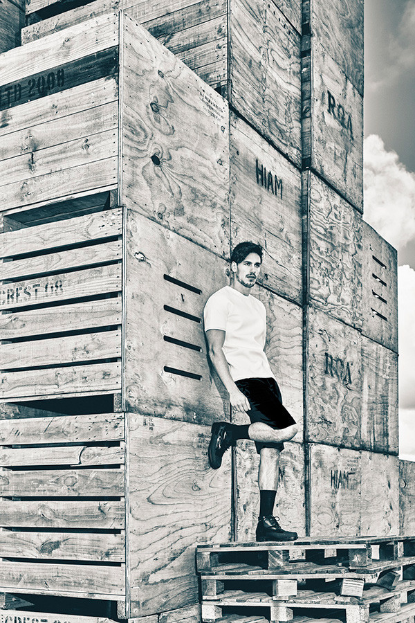 Attitude-Magazine_Balenciaga