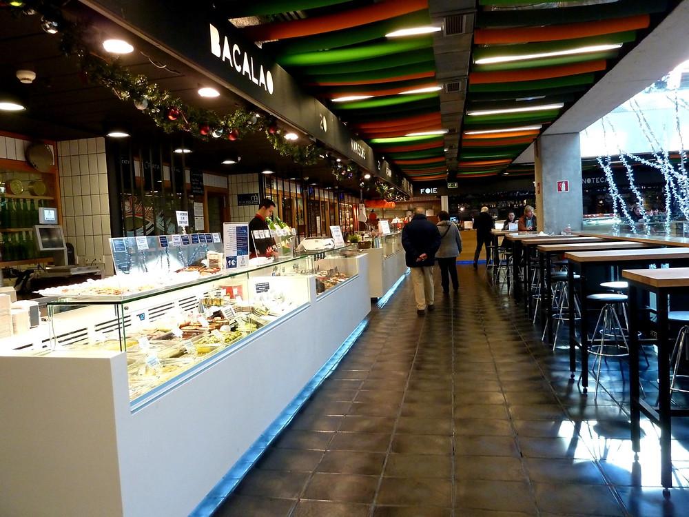 mercado-de-san-anton-gastro-bar-a-domicilio-tapas-menus-marché-madrid-espagne-espana