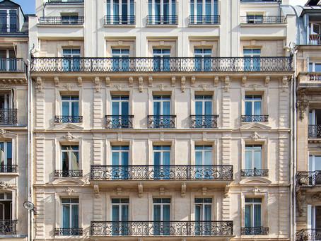 GARDEN-HOTEL IN PARIS