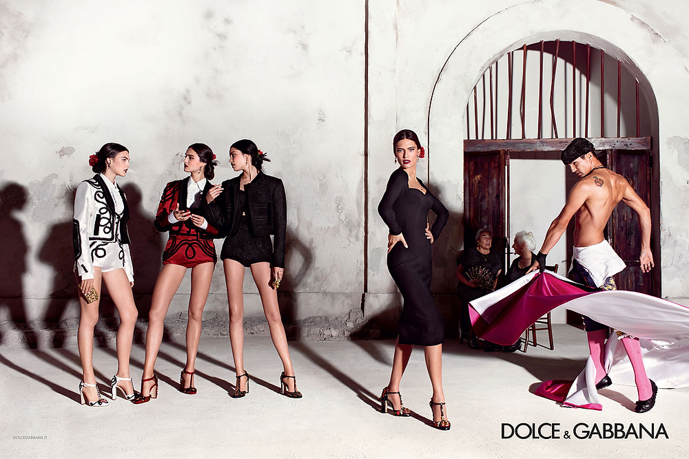 dolce-and-gabbana-summer-2015-women-advertising-campaign-01-zoom