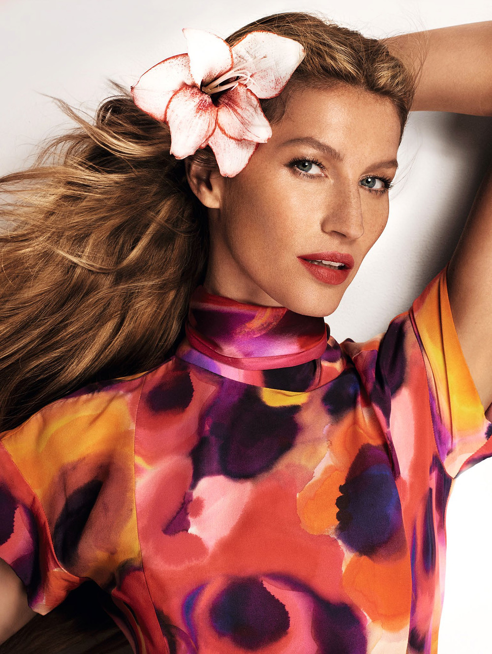 gisele-bc3bcndchen-by-mario-testino-for-vogue-china-march-2015