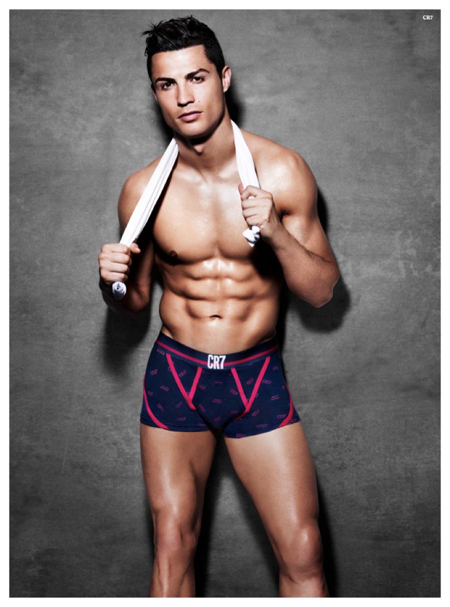 Cristiano-Ronaldo-CR7-Underwear-Spring-Summer-2015-Campaign-Shoot-003