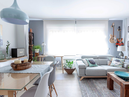 APARTMENT WITH GREEN MINT TOUCHES