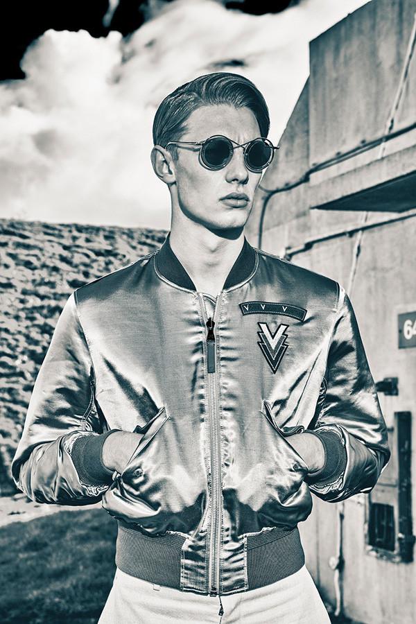 Attitude-Magazine_Louis-Vuitton
