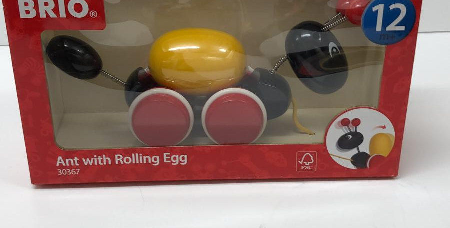 Brio: Pullalong Ant with rolling egg 12 months+