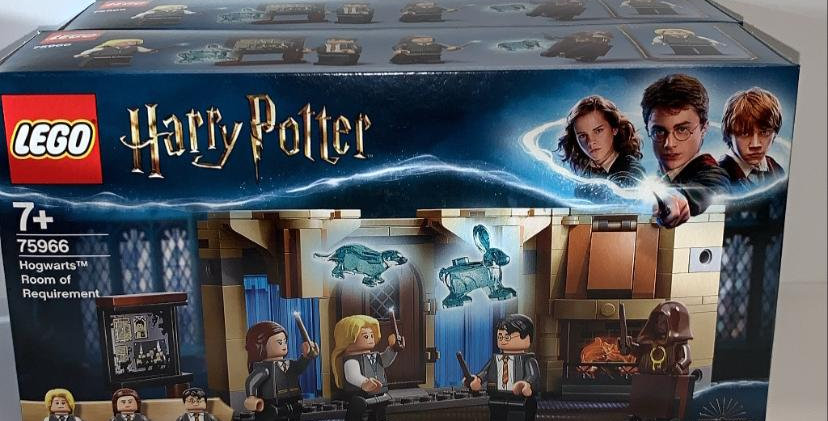 Lego Harry Potter: Hogwarts Room Of Requirement