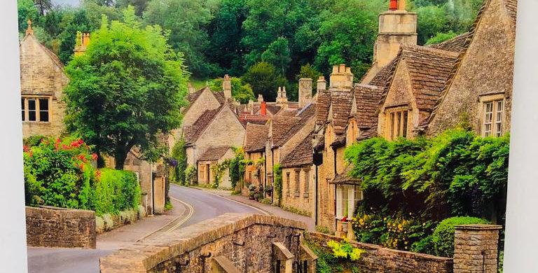 England picture calendar