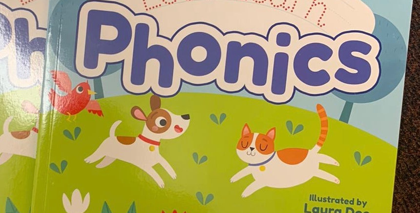 Let's Learn Phonics by Laura Deo