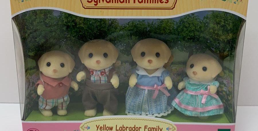 Sylvanian Families: Yellow Labrador Family