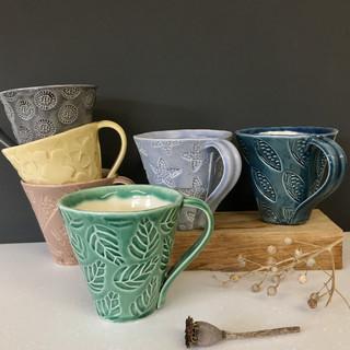 Impressed decoration mug
