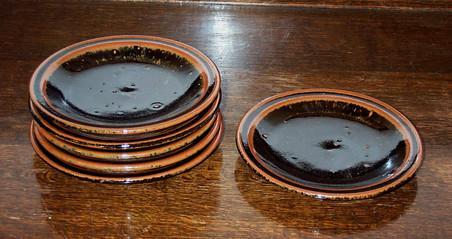 118-123  cake plates.jpg