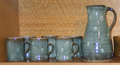 2005 mug set.JPG