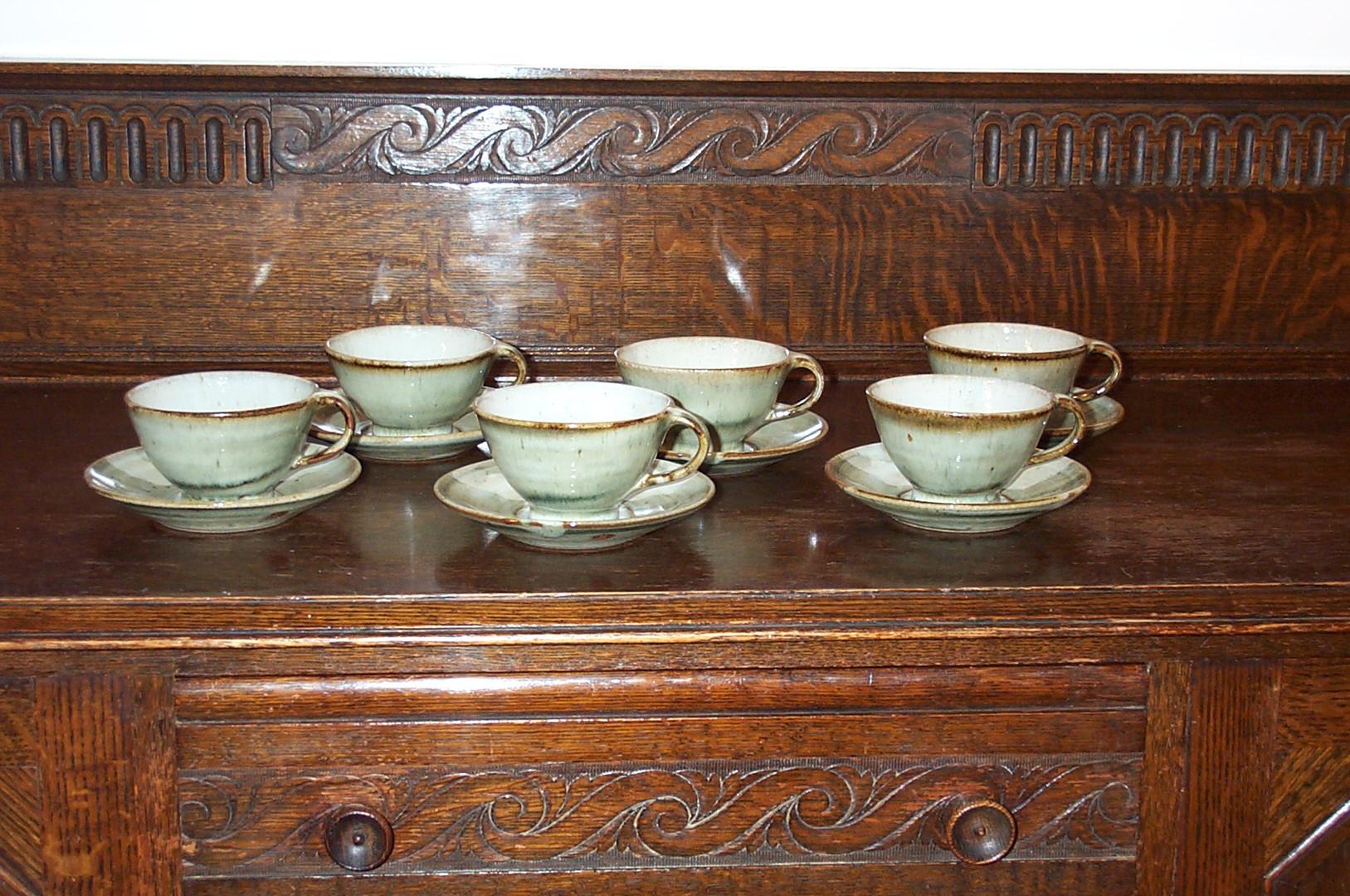 016-021  cups & saucers.jpg