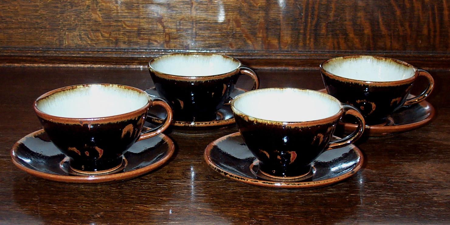 095-098 cups & saucers.jpg
