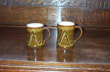 030-031  beer mugs.jpg