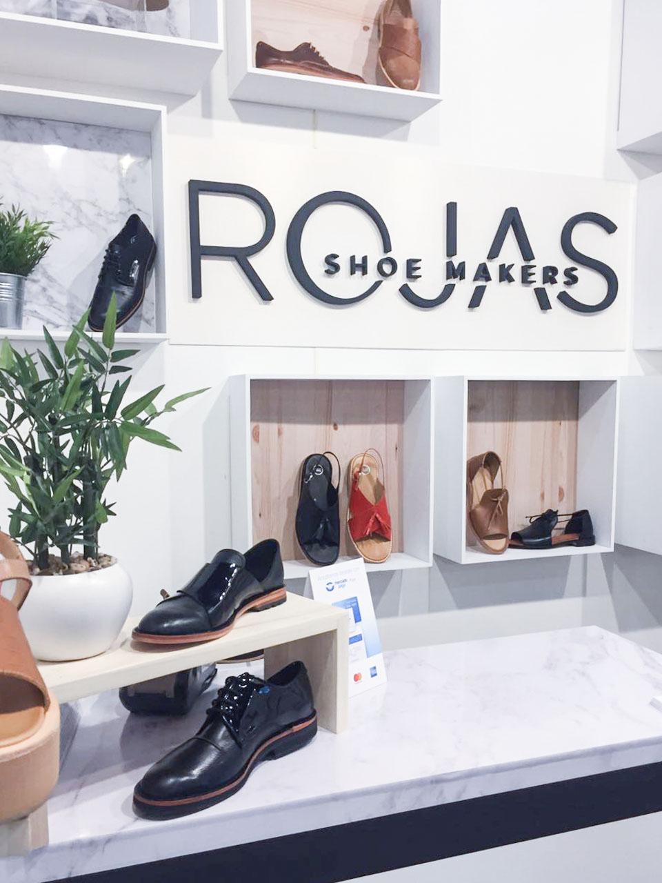Stand Rojas - Puro Diseño
