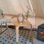 Alle telt har vedovn og elektrisk vifteovn.