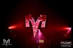 10' aluminum M logo