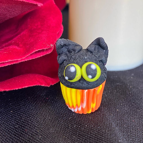 SPOOKY Cupcake Charm / Stitch Marker