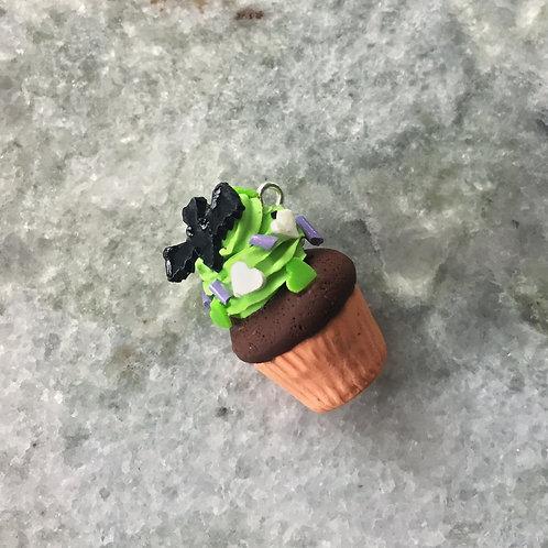 Frightful Flight Delight Cupcake Necklace