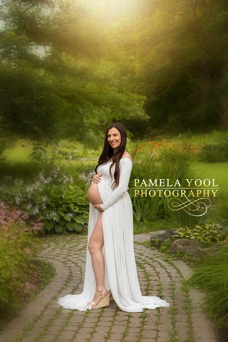 Outdoor-Sunset-Maternity-Photography-Toronto
