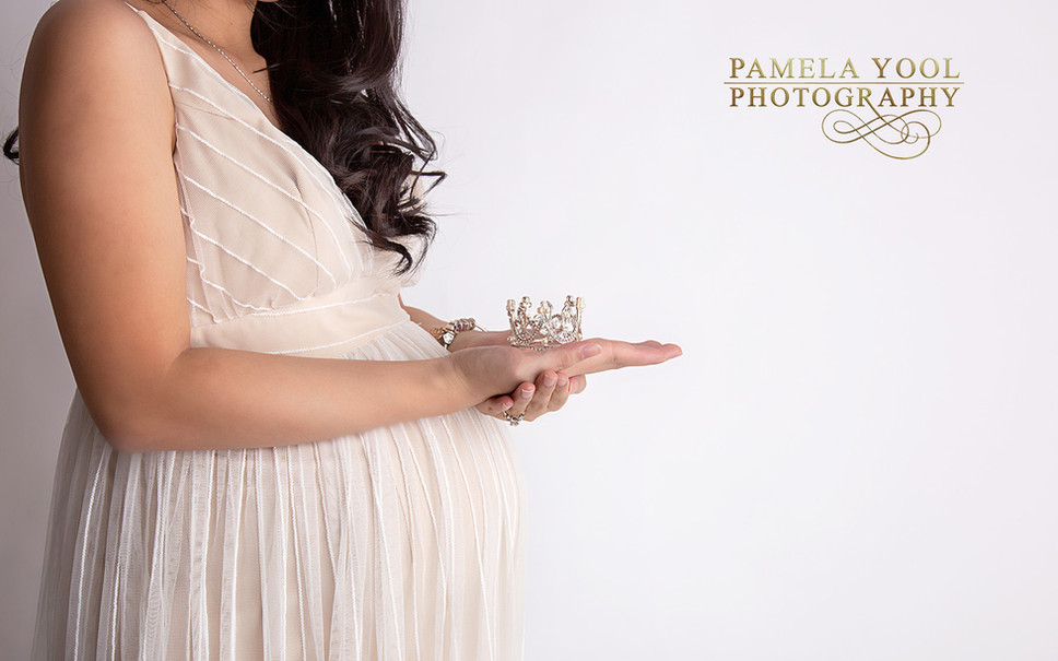 Toronto-Maternity-Photographer
