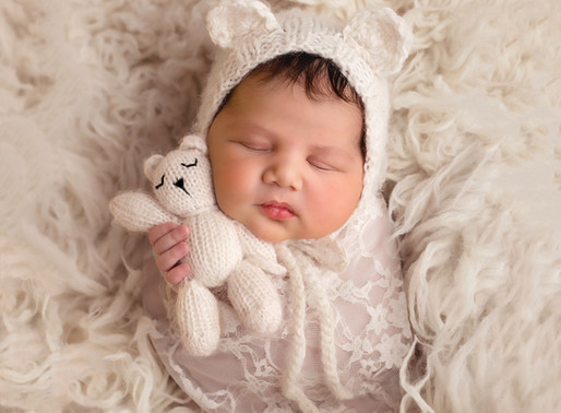 In Studio Newborn Photo Session | Pamela Yool Photography