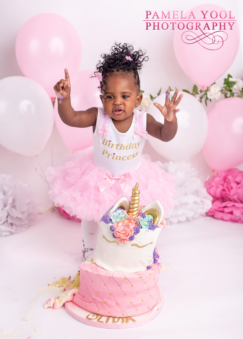 Unicorn Cake Smash with pink, white and gold