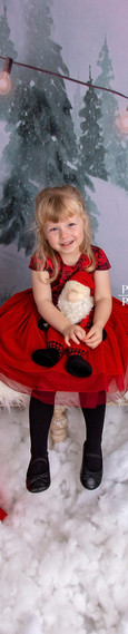 Kids Christmas Portraits in Studio