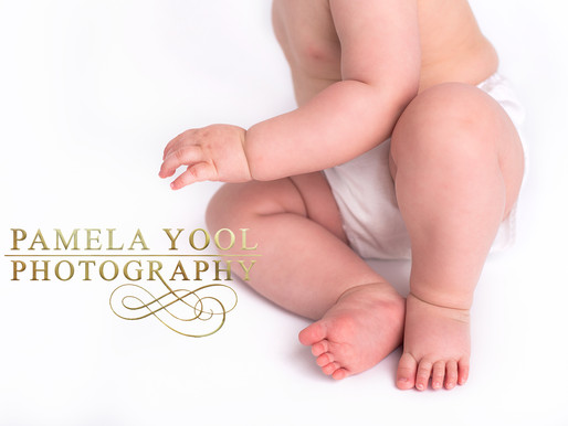 Little Sittter Milestone Session | Toronto Baby Photographer