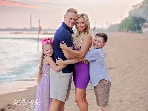 Spring and Summer Family Photos - What to Wear Inspiration & Style Guide