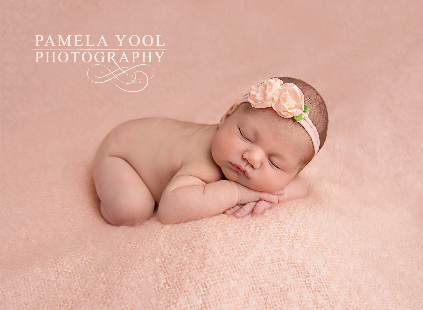 Best newborn photographer in toronto