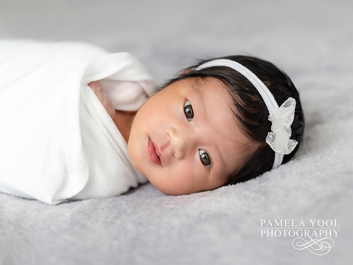 At Home Newborn Photography | Toronto Lifestyle Baby Photographer