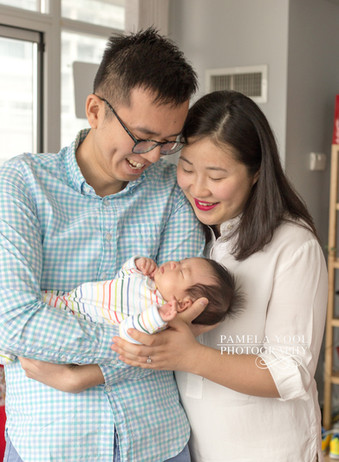 Toronto Newborn Portraits at home