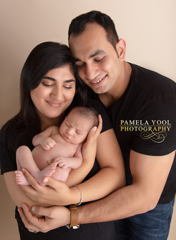 Newborn and Family Photo Session